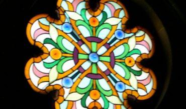 Vitrall absis capella de can Ginestar