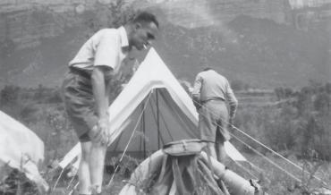 SEGONA ÈPOCA, MALGRAT ELS ANYS DE FOSCOR DICTATORIAL (1947-1958)