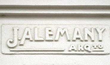 Signatura de l'arquitecte Josep Alemany i Juvé
