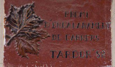 Premi d'engalanament de carrers al c.Badó, tardor del 88.